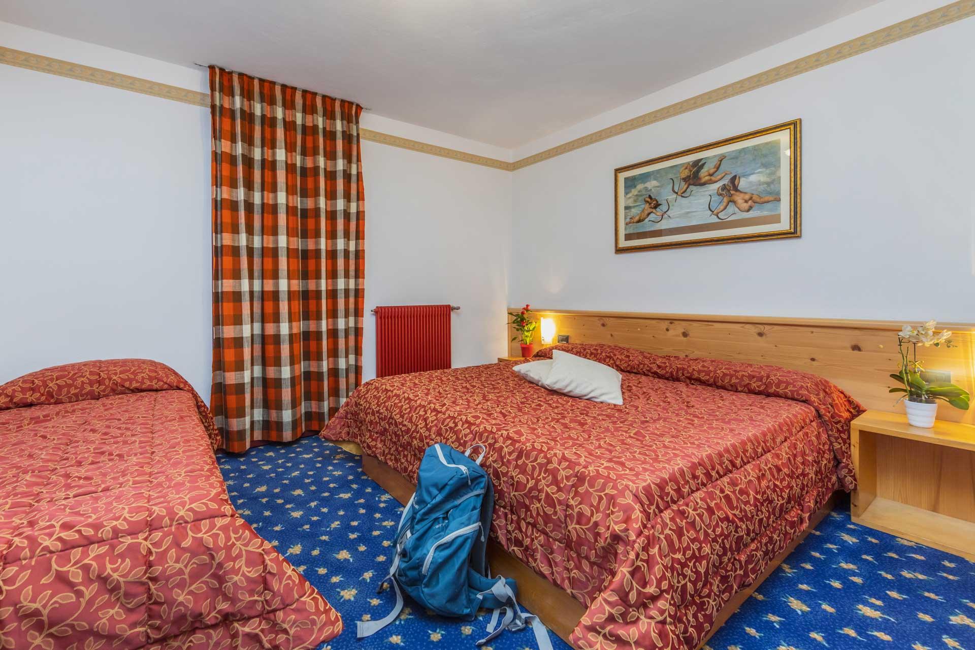 hotel-vicino-molveno-e-terme-di-comano-miravalle-cucina-tipica-con-piscina-117