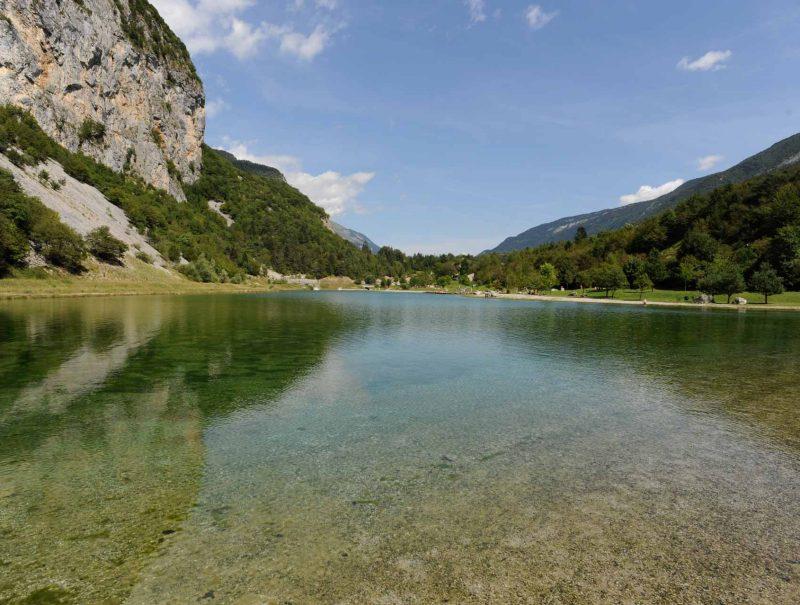lago-di-nembia-dolomiti-di-brenta-miravalle-2