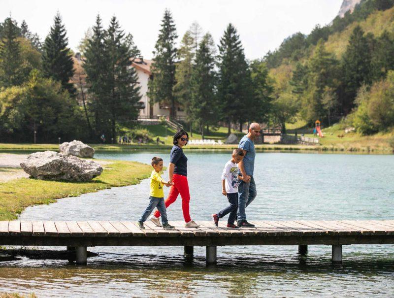 lago-di-nembia-dolomiti-di-brenta-miravalle-5